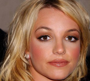 Britney Spear's Fans support her in relinquishing her father's control over her life