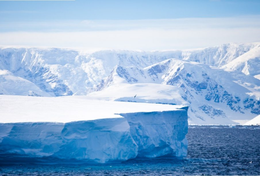 Massive Iceberg as big as New York City drops off