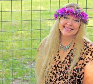 Carol Baskin sells Joe Exotic's Zoo